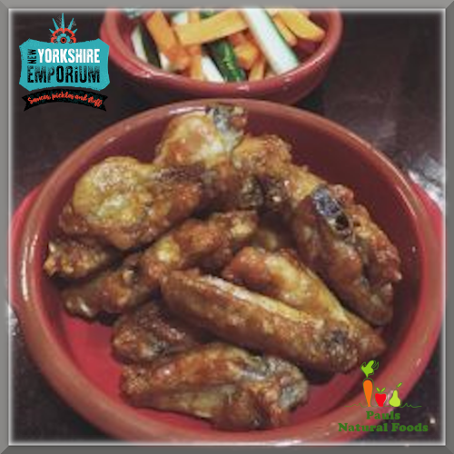 By'eck! Chicken Wings with (By'eck! or not!) Cheddar & Blue Cheese Dunker